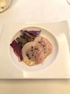 自家製ガランティーヌ 旬野菜のバルサミコマリネ添え